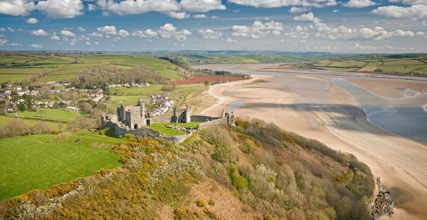 Llansteffan Castle Aerial Carmarthenshire Castles Historic Sites