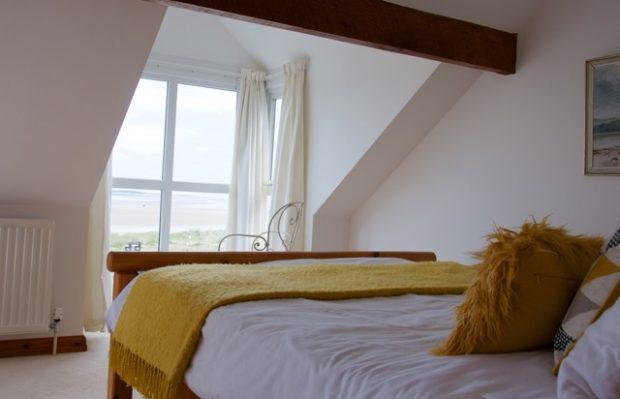 20 Main Bedroom 1